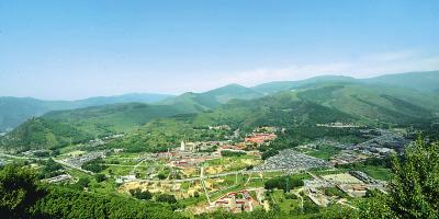 五台山风景区台怀寺庙群远景.