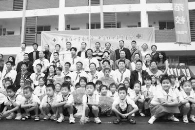汶川地震三周年:灾区重生不忘海归支援重建情 - 王辉耀 - 王辉耀的博客