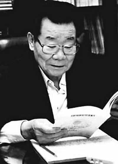 全国政协常委级别_老领导人退休写书受热捧--新闻报道-人民网