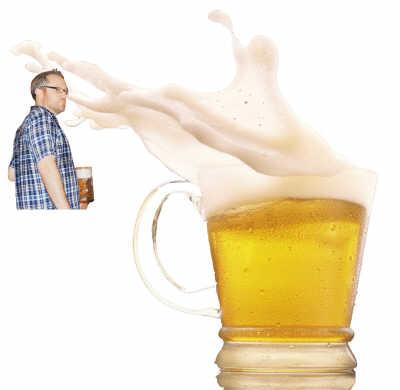 """""""当地朋友自豪地认为青岛啤酒节可以""""代表亚洲"""",""""媲美慕尼黑"""",甚至"""