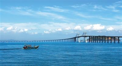 这是广东省内第一条真正意义上的跨海大桥,是连接广东唯一海岛县南澳图片