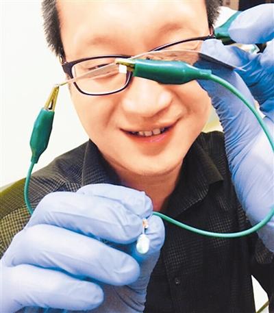 湖南大学成功研发快充电池