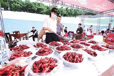 小龙虾在中国刮起流行风