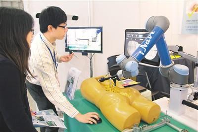 智慧元素点亮台医疗科技展