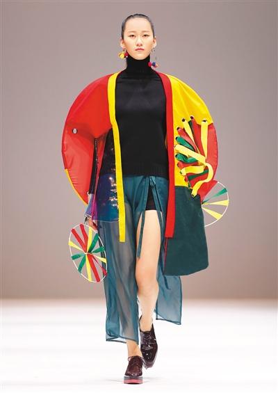 大学生时装在京展示