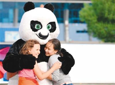 中国大熊猫 萌动全世界