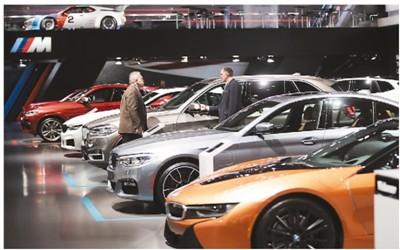 美国用汽车关税施压贸易谈判 给欧盟脖...