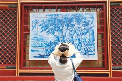 葡萄牙瓷板画500年亮相北京故宫