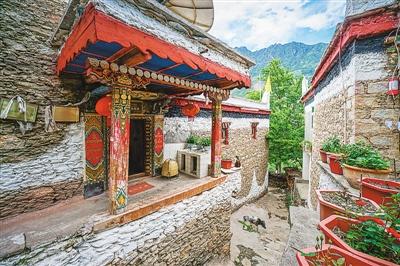 童话甲居藏寨