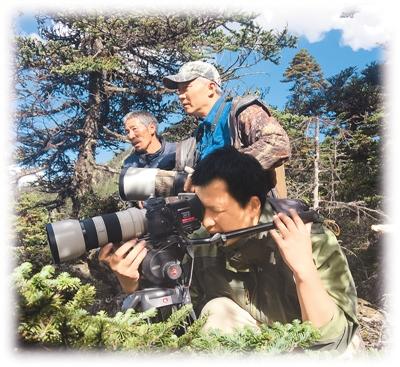 母女派出所内被杀 白马雪山国家级自然保护区位于云南省德钦县与维西傈僳族自治县境内