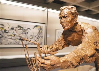 香港艺术馆翻新后重开