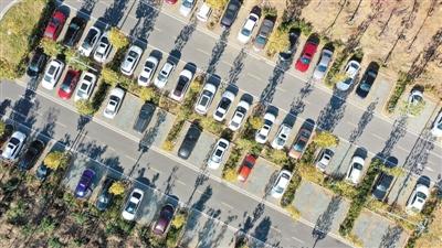增加供给,给城市停车场建设补短板