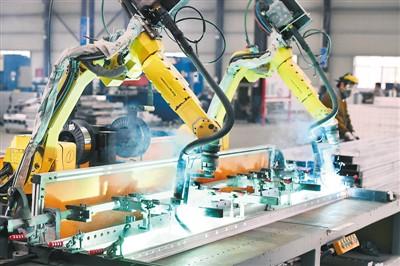 工厂少见人生产更智能(新产业新机遇②)