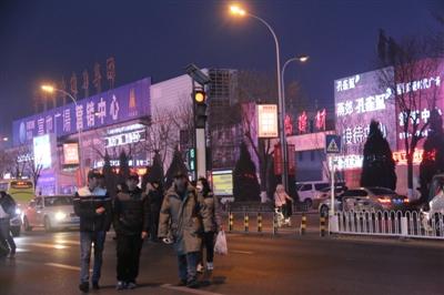 """如何从河北""""跨省""""到北京   但是,半小时到国贸的便利交通是燕郊"""