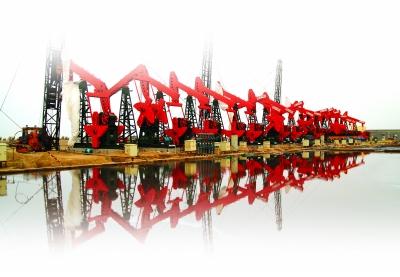 胜利油田结合油田实际,通过实施勘探,开发,工程一体化,提高采收率