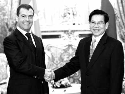 越南 俄罗斯/俄罗斯将帮助越南修建该国历史上第一座核站。图为俄罗斯总统...