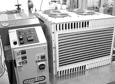 锅炉中的等压加热,汽轮机中的等熵膨胀和凝汽器中的等压排热四个热力