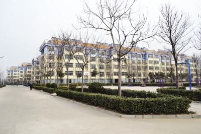 泰安博苑幼儿园户外长廊