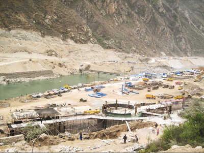 藏木水电站,作为雅江第一个水电项目,从一开始就受到各方高度关注.