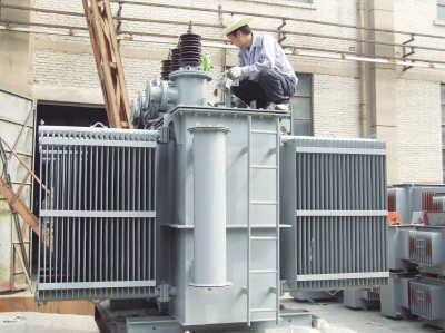 西北装备所属西安机械公司承接一台35千伏级6300千伏安变压器维修
